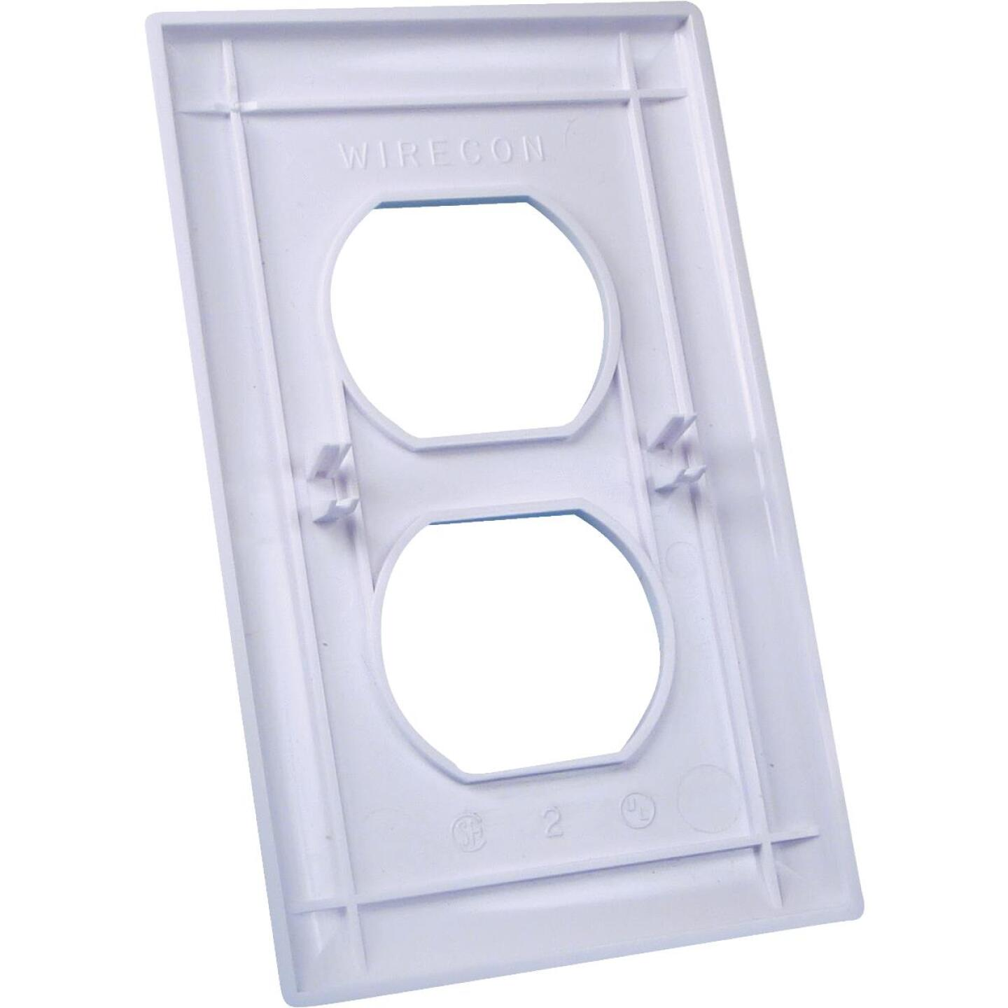 United States Hardware 1-Gang Duplex Outlet Wall Plate, White Image 1