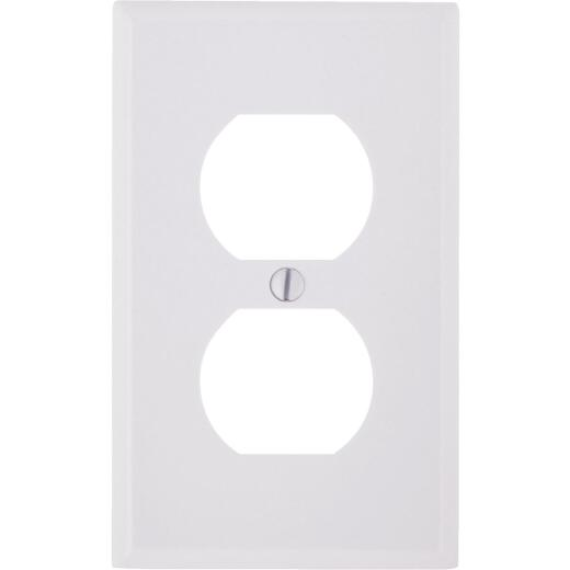 Leviton 1-Gang Smooth Plastic Outlet Wall Plate, White