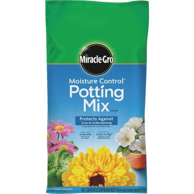 Miracle-Gro Moisture Control 16 Qt. Indoor & Outdoor Potting Soil