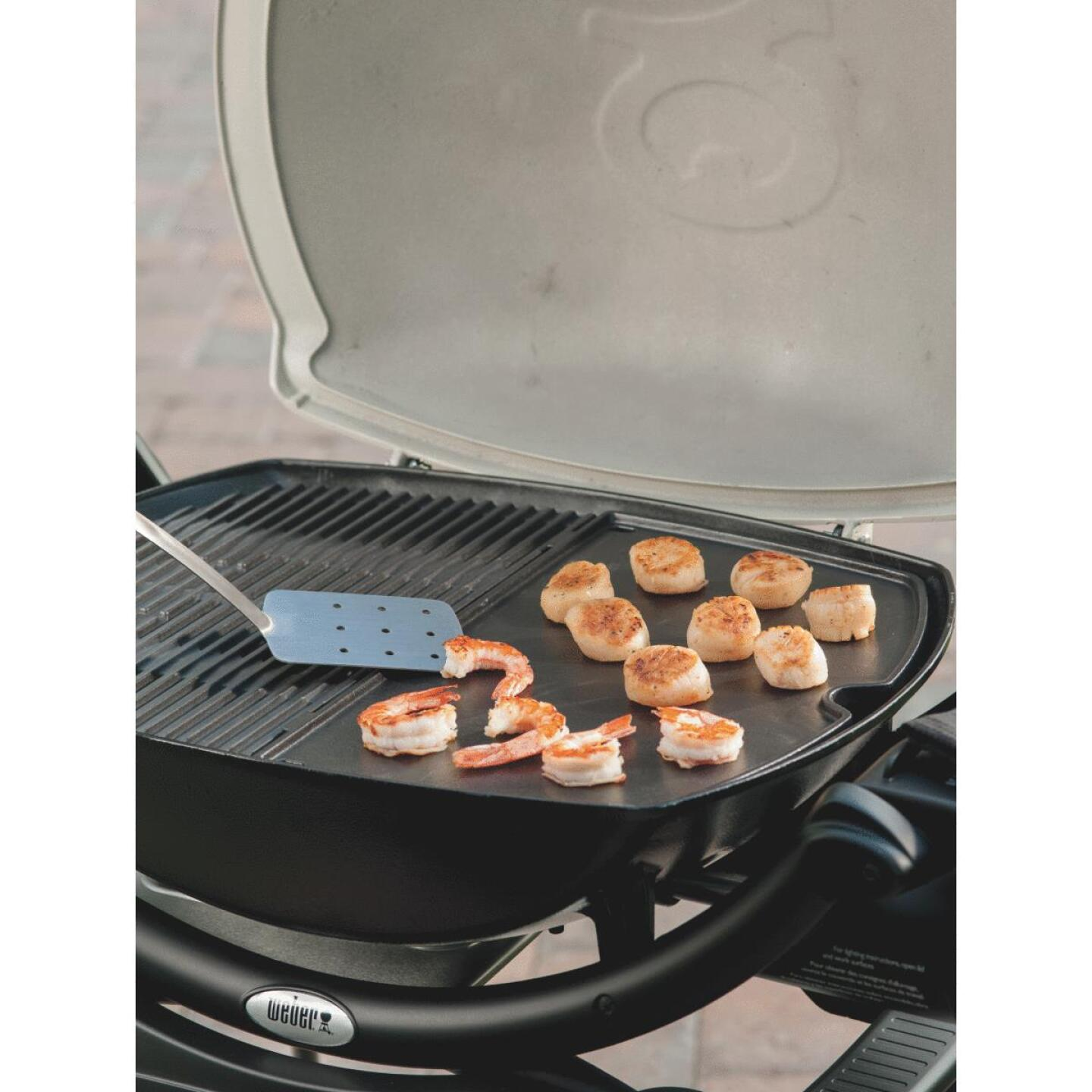 Weber Q 14.1 In. W. x 18.8 In L. Porcelain Enameled Cast Iron 200/2000 Series Gas Grill Griddle Image 3