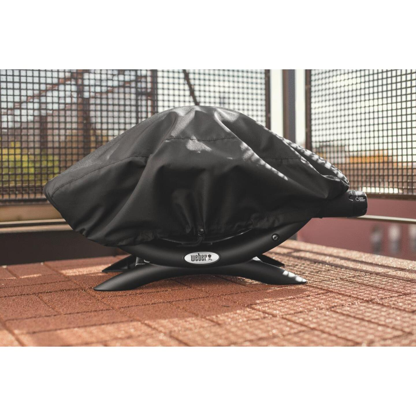 Weber Q 100/1000 27 In. Black Vinyl Grill Cover Image 3